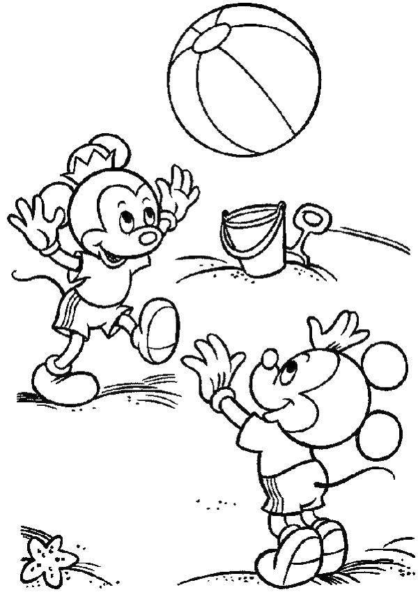 Раскраска Микки и минни маус играют на пляже Скачать Микки Маус, минни.  Распечатать ,микки маус,