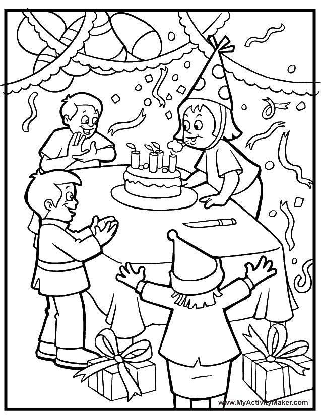 Раскраска День рождения девочки. Скачать день рождения, торты, свечи, вечеринка.  Распечатать ,день рождения,