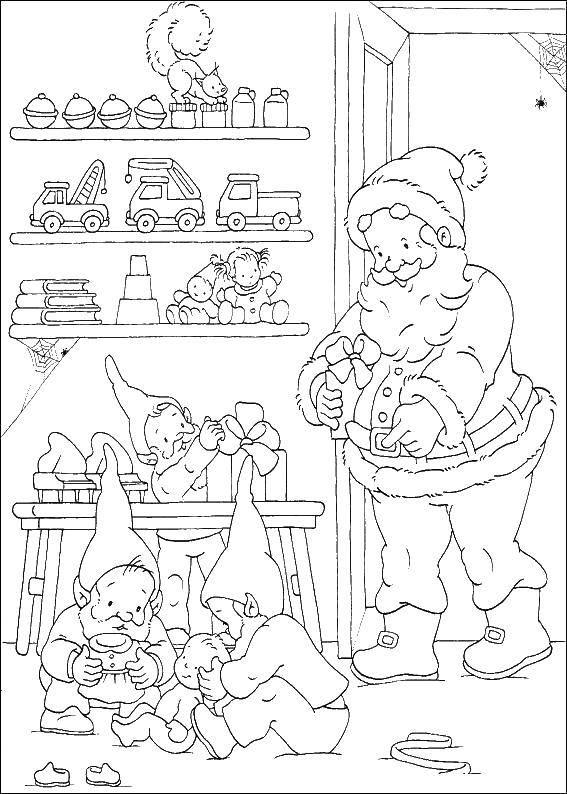 Раскраска Санта клаусы готовят подарки Скачать санта, игрушки.  Распечатать ,раскраски для маленьких,