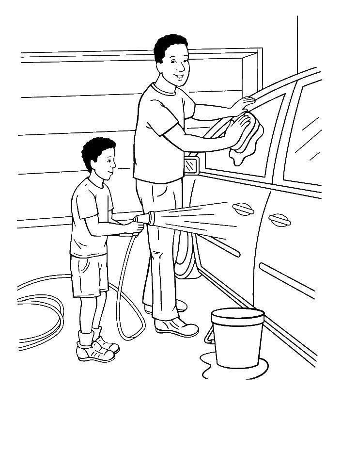 Раскраска Папа и сын моют машину Скачать семья, отец, сын, машина.  Распечатать ,Семья,