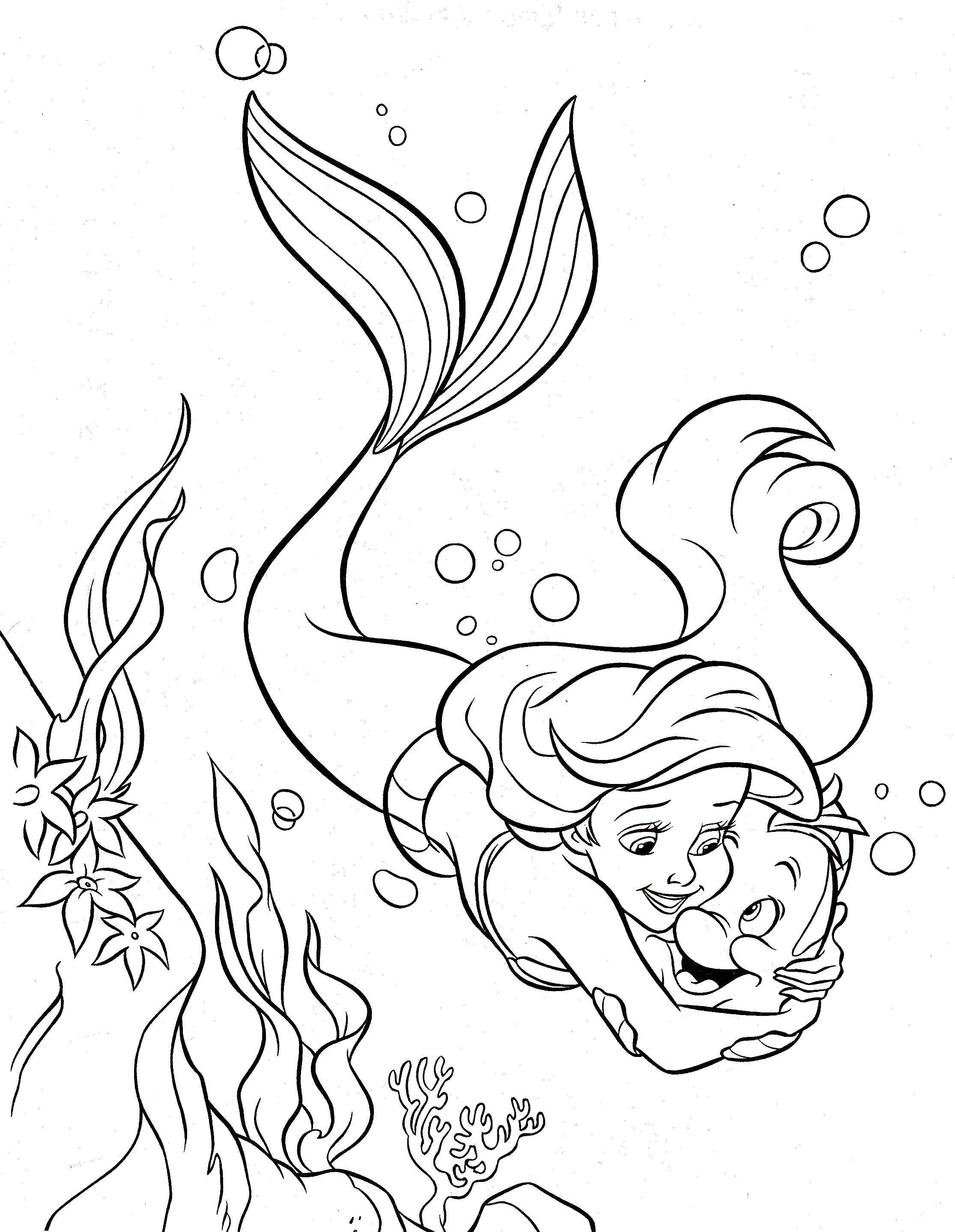 Раскраска Ариэль любит флаундера Скачать Дисней, русалочка, Ариэль.  Распечатать ,Диснеевские раскраски,