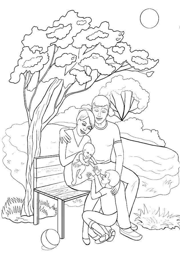 Раскраска Родители с детьми Скачать дерево, скамеика, семья.  Распечатать ,моя семья,