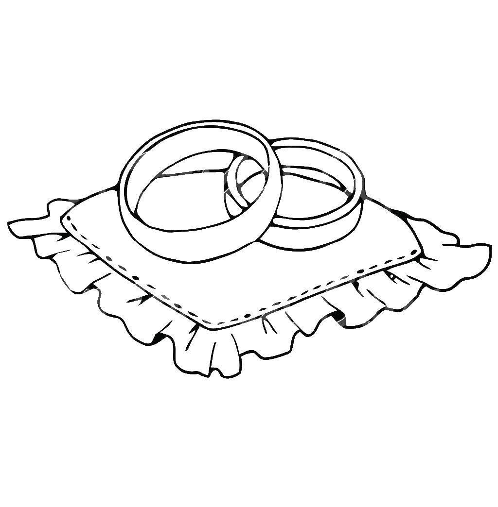 Раскраска Обручальное кольца на подушечке. Скачать кольцо, бриллиант.  Распечатать ,кольцо,