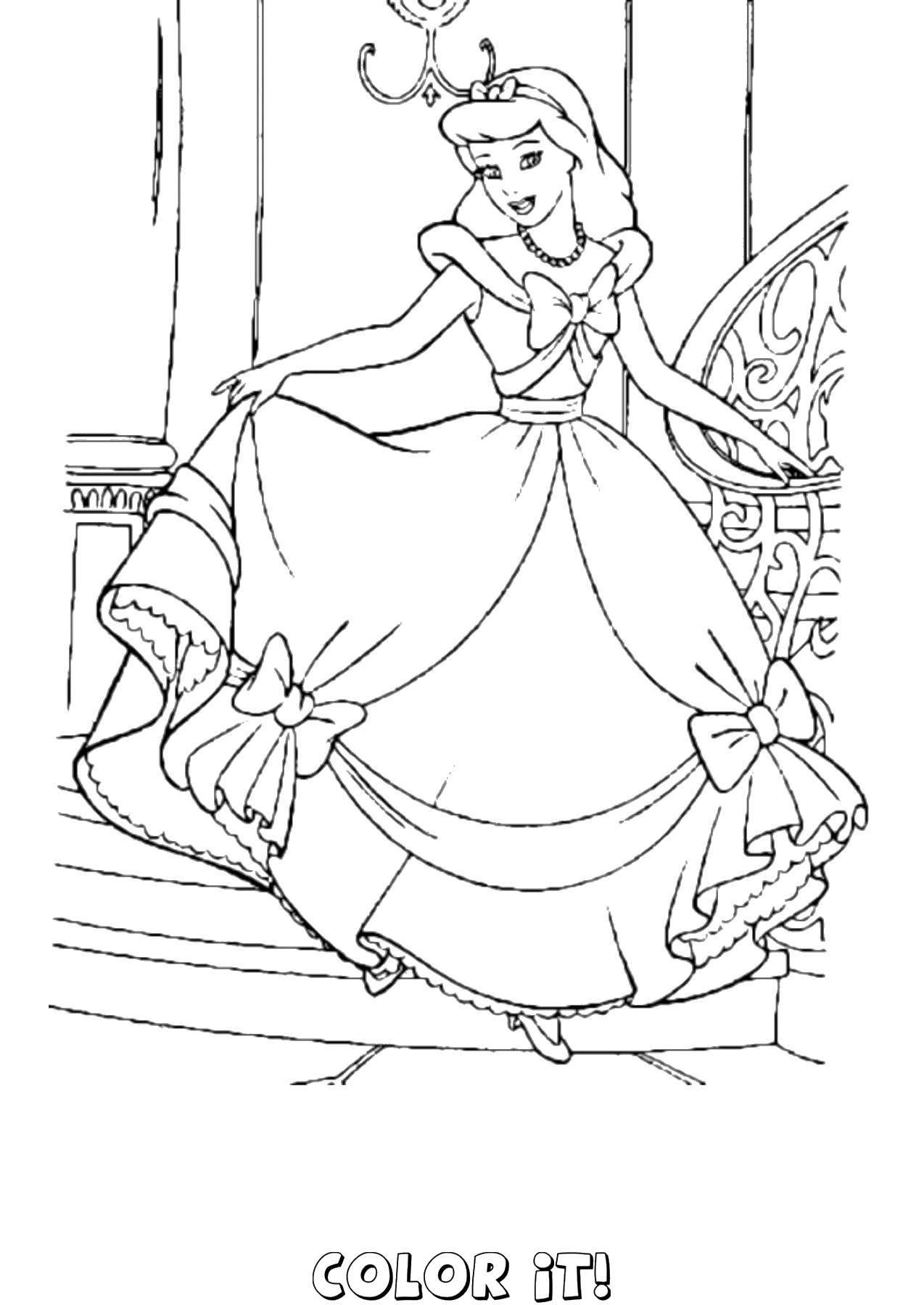 Раскраски платьях, Раскраска Принцессы диснея в пышных ...